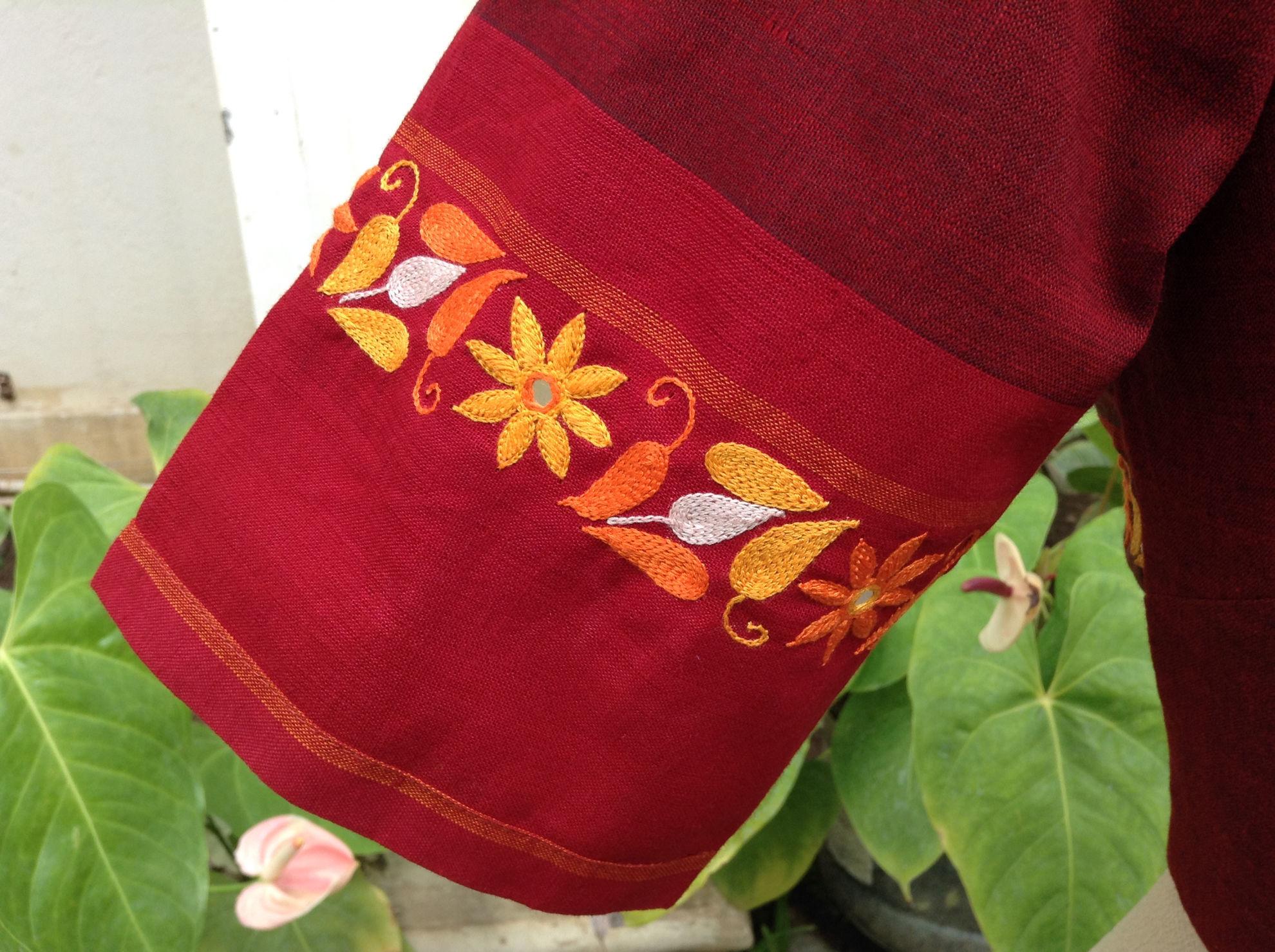 FLOWERS IN TURMERIC